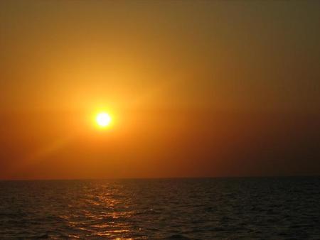 أذكار الصباح والمساء بصوت مشاري shrooq.jpg